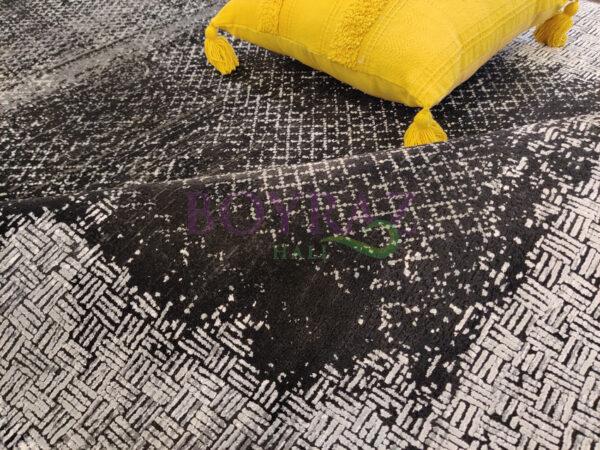 Woolknot Black M231H Siyah Viskon Halı Dekorlu Çekim
